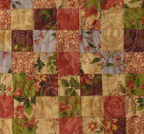Tiny Rose Garden Quilt Close-Up