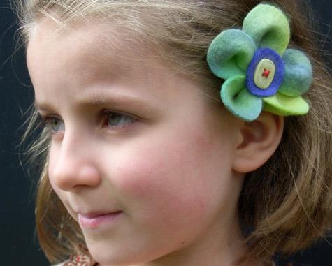 Amelia\'s felt flower