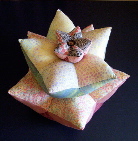 Star Fruit Cushions - Tutorial by Matching Pegs