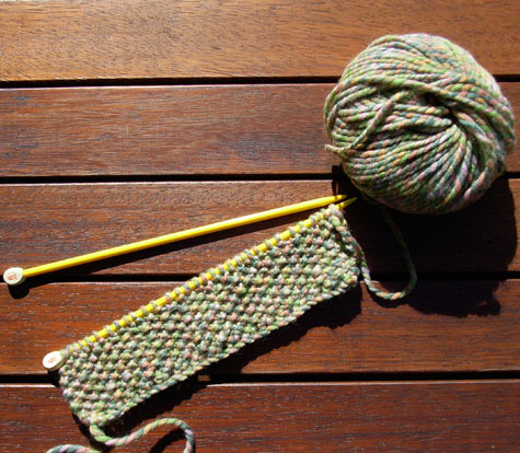 Knitting moss stitch