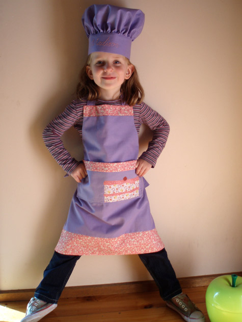 Apron with Cake Applique
