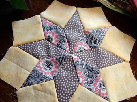 "8 pointed star - centre for a ""Wheel of Fortune"" Quilt"