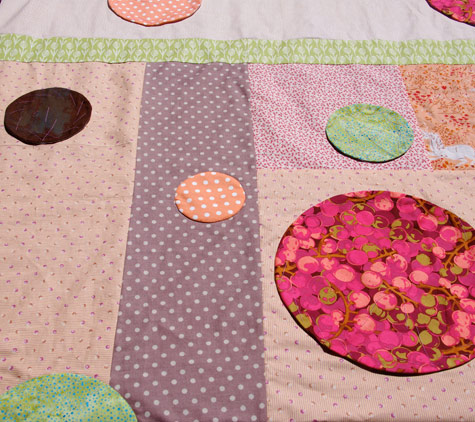 bubbles quilt, close up 3