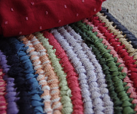 detail of my toothbrush rug (rag rug)