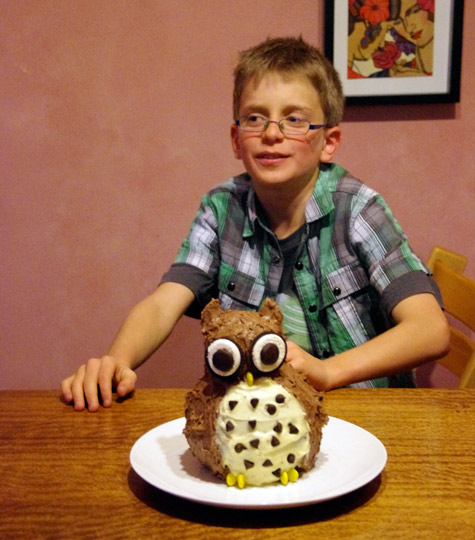 Rory with his 10th birthday Owl cake