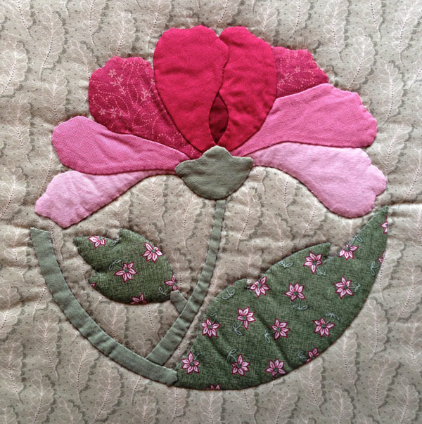 Peony Applique designed by Kumiko Sudo made by Matching Pegs