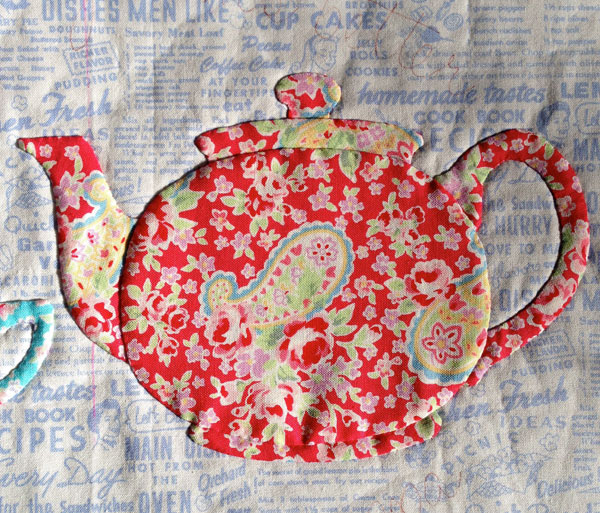 Applique Teapot designed and made by Matching Pegs