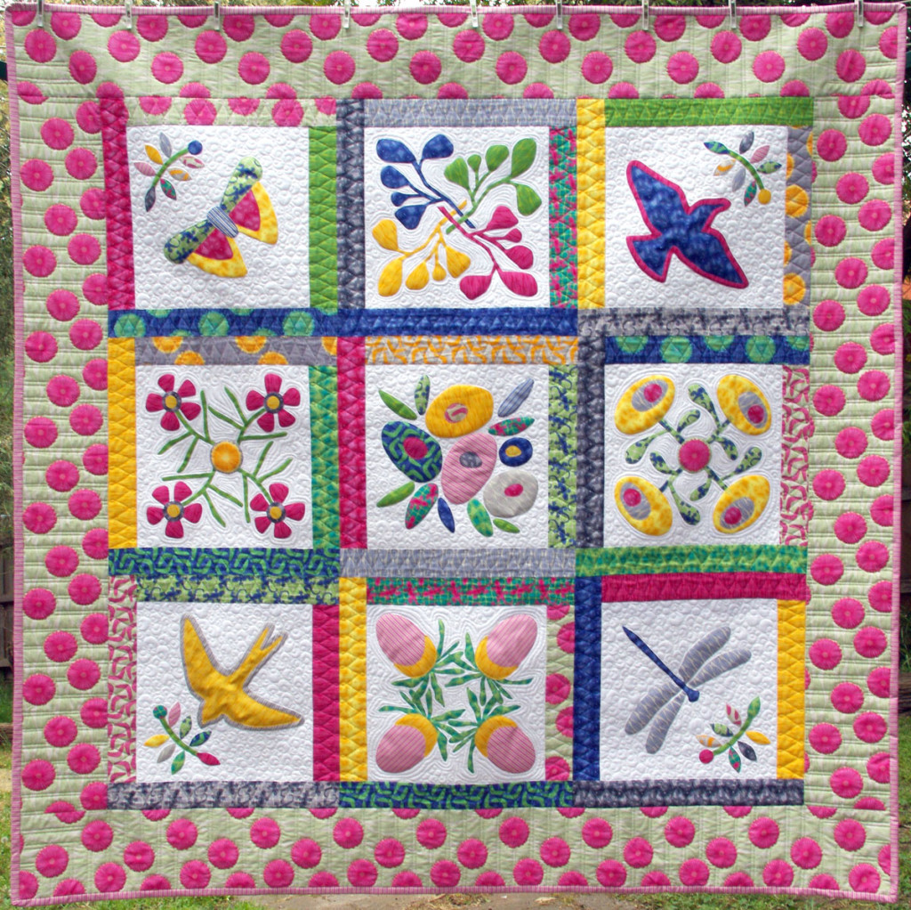 Bouquet Australis - Block of the Month Quilt by Matching Pegs